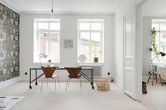 Simply calm Scandinavian home