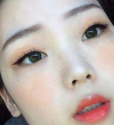makeup looks and steps #Makeuplooks #KoreanMakeupProducts #EyelinerProducts #KoreanBeautyTips Korean Makeup Tips, Korean Makeup Look, Korean Makeup Tutorials, Korean Beauty, Asian Beauty, Natural Beauty, Cute Makeup, Beauty Makeup, Hair Makeup