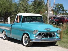 1955 Chevrolet Cameo.LHD import a while ago. There's a red & white Cameo with a Pontiac engine that was imported in the 1970s rotting into the ground up the Yaramalong valley last I heard.