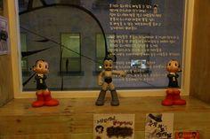 추억의 인형과 도시락 Dolls and lunch boxes of memories   우주소년 아톰 http://en.wikipedia.org/wiki/Astro_Boy    korean memoriies.....3 doll, lunch box. horse doll, ... 추억의 못난이삼형제, 아통, 말인형, 도시락, 과자. 빙수   우리들한의원 홈피 Wooreedul Korean Medicine Clinic English HP http://www.iwooridul.com/english 日本語HP http://www.iwooridul.com/japan 中國語 HP http://www.iwooridul.com/chinese 무료앱 free app http://www.iwooridul.com/app-update