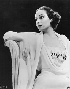 "Delores DEL RIO  (1930's)  Latin American actress.  ""Beauty does not come with creams and lotions. God can give us beauty, but whether that beauty remains or changes is determined by our thoughts and deeds."""