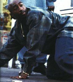 Mid '90s Hip-Hop Fashion
