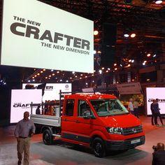 Word Premiere of the all-new VW Crafter. #carsofinstagram #cars #truck #vans #volkswagen #crafter #vwcrafter #commercialvehicle @vwcommercial @volkswagen @vw.de