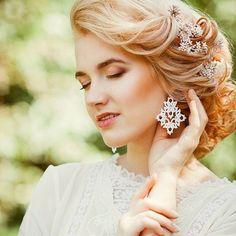 А пока я отдыхаю в солнечном Алтае волшебная @katerina_mizeva показала результаты бохо фотопроекта. Я в восторге! #boho #бохо #бохостиль #украшенияручнойработы #фриволите #анкарс #ручнаяработа #tatting #ankars #frivolité #earrings