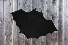 Doudou,  double flanelle Chauve-Souris enveloppante, bébé, fait main au Québec, Batman, Batman, Tank Tops, Women, Fashion, Flannel, Handmade, Products, Moda, Fashion Styles