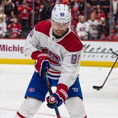 Tomas Tatar Montreal Canadiens, Detroit, Nhl Players, Ice Hockey, Michigan, Sports, Jackets, Hs Sports, Down Jackets