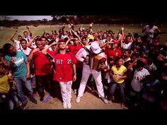 Music video by Silvestre  Dangond & Rolando Ochoa performing El Hit. (C) 2013 Sony Music Entertainment Colombia S.A