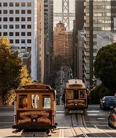 California St San Francisco by @awesteenlens #sanfrancisco #sf #bayarea #alwayssf #goldengatebridge #goldengate #alcatraz #california