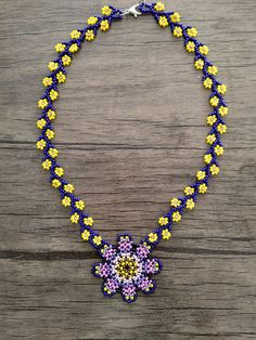 Diy Jewelry, Beaded Jewelry, Beaded Necklace, Jewelry Making, Necklaces, Beadwork, Beading, Daisy Chain, Beaded Lace