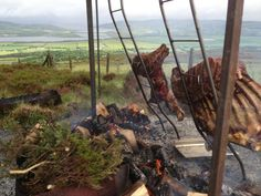 The Chieftains feast at Grianan of Aileach  - preparations underway