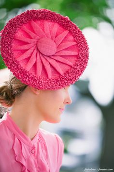 event photography melbourne cup Great pinwheel design. #millinery #hats #judithm