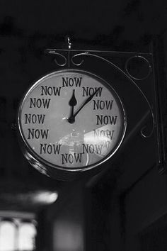 I would love a clock like this …. Never put off until tomorrow what you can do today ❤️