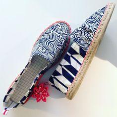 Pedido especial para @javinihil por qué eligió todas las telas ! Hasta las del forro y la suela! Me alegro que escogiera #yagasuri uno de mis pattern japos favoritos #madrid #malasaña #alpargatas #espadrilles #handmade #hechoamano #medueleeldedogordo