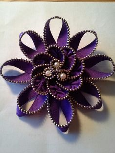 Handmade zipper flower. Love to make different, types all colors.