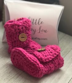 Baby Girl Boots Pink Boot Booties Soft Sole Boots Knit Boots Baby Shower Gift Crib Shoes Stay On Booties It& a Girl Gift by littleloopylou Baby Girl Boots, Baby Girl Sandals, Baby Booties, Girl Gifts, Baby Gifts, Do It Yourself Baby, Crochet Baby Boots, Pink Boots, Crib Shoes