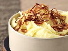 Mashed Potatoes with Crispy Shallots #Thanksgiving #recipes #mashedpotatoes