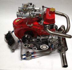 Cannot beleive a 2 cylinder engine can look this good! Cannot beleive a 2 cylinder engine can look this good! Fiat Cinquecento, Fiat 500c, Fiat Abarth, American Motorcycles, Vintage Motorcycles, Cars And Motorcycles, Motorcycle Engine, Car Engine, Race Engines