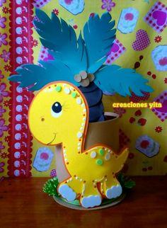 trendy baby shower ideas for girs centros de mesa party planning Baby Boy Birthday, Dinosaur Birthday Party, Foam Crafts, Diy And Crafts, New Baby Girl Congratulations, Reptile Party, Fiesta Decorations, Baby Girl Cards, Bunny Crafts