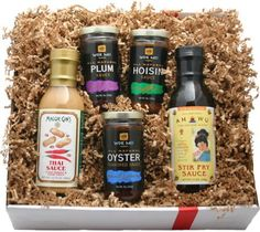 Deluxe Asian Gourmet Gift Box - http://mygourmetgifts.com/deluxe-asian-gourmet-gift-box/