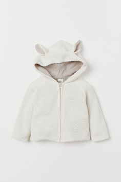 Textured-knit cardigan in soft organic cotton. Hood with decorative ears at top zip at front with chin guard and long raglan sleeves. Cotton Cardigan, Knit Cardigan, Manga Raglan, Style Personnel, Baby Coat, Baby Supplies, Kids Fashion Boy, Coton Bio, Fashion Company