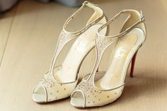 #christina_eduard_photography   #inspiration #hochzeit #wedding  #braut #braut_schuhe #styling