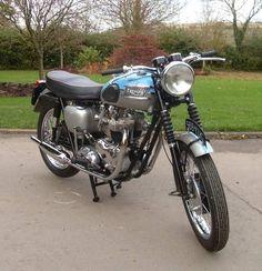 61' Bonneville Triumph Motorbikes, Triumph Bobber, Triumph Bonneville, Triumph Motorcycles, Triumph T120, Triumph Cafe Racer, Cafe Racer Motorcycle, Motorcycle Art, British Motorcycles
