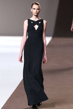 Elie Saab Fall 2010 Ready-to-Wear - Collection - Gallery - Style.com
