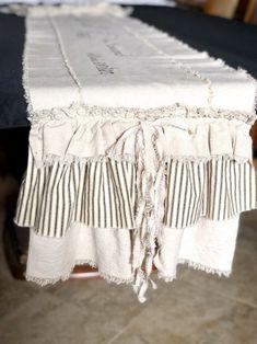 Farmhouse Table Runners, Farmhouse Dining Room Table, Quilted Table Runners, Farmhouse Tablecloths, French Country Farmhouse, Shabby Chic Farmhouse, Farmhouse Decor, Drop Cloth Projects, White Beige