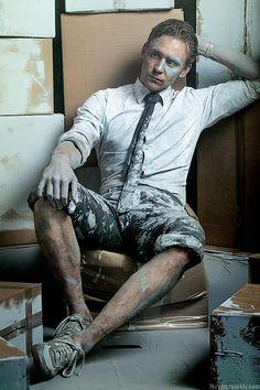 Tom Hiddleston as Dr Laing. Edit by Larygo.tumblr