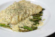 Het is weer eens de hoogste tijd voor een lekker visrecept. Vandaag maak ik kabeljauw met mosterd-dillesaus, naar mijn idee de lekkerste saus ooit bij vis.