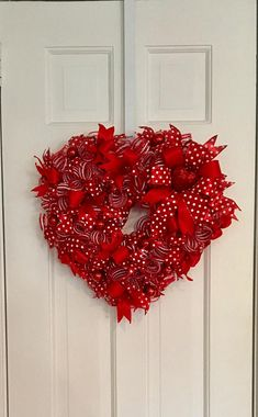 Valentine's Day Heart Wreath Red and White Wreath Deco