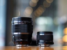 Size comparison of the new Olympus M.Zuiko 25mm f/1.2 PRO versus existing Olympus M.Zuiko 25mm f/1.8 [by Robin Wong]