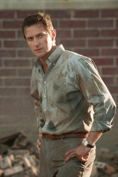 New Dirty picture of Richard Armitage as Gary Fuller in Into the Storm....Twitter / Search - #RichardArmitage