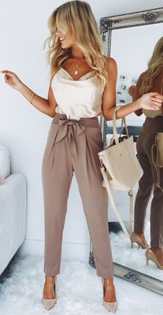 Feeling like a girl boss in this outfit! Stylish Work Outfits, Business Casual Outfits, Professional Outfits, Classy Outfits, Stylish Outfits, Office Outfits, Mode Outfits, Fashion Outfits, Fashion Tips