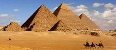 Egyptin kiehtovat pyramidit.