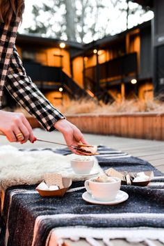 S'mores happy hour at the Coachman Hotel in Lake Tahoe // via Stacie Flinner