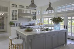 9 Happy Tips: Kitchen Remodel Modern Bar Stools oak kitchen remodel wood grain.White Kitchen Remodel Back Splashes inexpensive kitchen remodel how to build.White Kitchen Remodel Back Splashes. Home Kitchens, Kitchen Redesign, Kitchen Design, Kitchen Inspirations, Kitchen Dining Room, New Kitchen, Gray And White Kitchen, Kitchen Redo, Coastal Kitchen