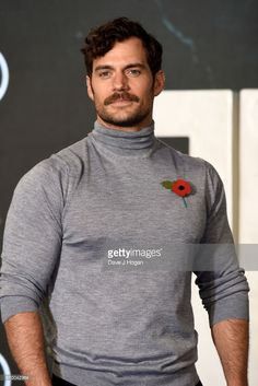 News Photo : Henry Cavill attends the 'Justice League' photocall at The College on November 2017 in London, England. (Photo by David M. Henry Caville, Love Henry, Superman Henry Cavill, My Superman, Henry Cavill Eyes, Gentleman, Henry Williams, Fine Men, Most Beautiful Man