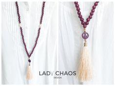 Ketten lang - Kette mit Quaste ★ Peace ★ Holzperlen ★ Howlith - ein Designerstück von lady_chaos bei DaWanda