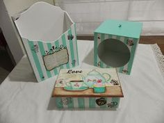 Kit de porta chá,, porta cartas, e porta sacolinhas todo decorado.