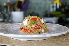 Caprese Quinoa Salad - great healthy side! Quinoa is a complete protein containing all essential amino acids.