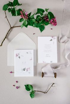 Botanical Wedding Invitations / beautiful invites