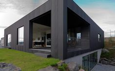 Galerie k příspěvku: Černý dům na Islandu;architektura   Architektura a design   ADG