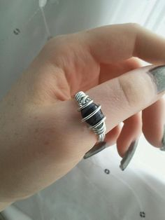 Black Glass Bead and Silver Wire Wrapped Thumb Ring by kittysmurf, $13.00