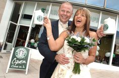 On New Years Eve, Brian & Ria Kilbride tied the knot in a Starbucks in Plymouth, UK.