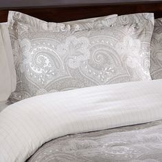 @Overstock - Keep warm at night with this soft duvet cover set. This bedroom set fits queen-sized beds, so you can stay comfortable while you sleep. The paisley pattern is elegant, and the two pillows shams that are included make it easy to match the bedding set.http://www.overstock.com/Bedding-Bath/Paisley-and-Stripe-Reversible-Flannel-Duvet-Cover-Set/6549140/product.html?CID=214117 $84.99