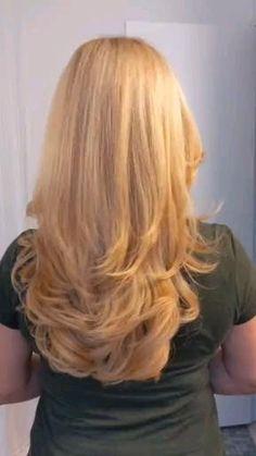Hair Cutting Videos, Hair Cutting Techniques, Hair Videos, Layered Haircuts For Medium Hair, Long Layered Hair, Medium Hair Styles, Hair Color And Cut, Cut My Hair, Cut Hair Diy