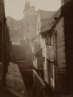 Old London bore little resemblance to the bland London of the present. Old London was a vibrant, creative, moody city with endless visual . Victorian London, Vintage London, Victorian Photos, Old London, East London, Vintage Pictures, Old Pictures, Old Photos, London History
