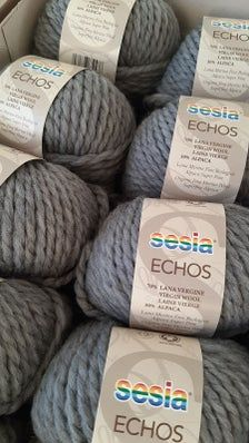 Echos Organic yarn composed of wool bio and ALPACA EXTRA | Etsy Environmental Ethics, Hand Knitting Yarn, Color Card, Needles Sizes, Allergies, Organic, Throw Pillows, Wool, Handmade Gifts