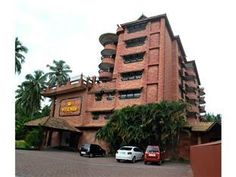 Kozhikode / Calicut Westway Hotel Calicut India, Asia Stop at Westway Hotel Calicut to discover the wonders of Kozhikode / Calicut. The hotel offers guests a range of services and amenities designed to provide comfort and convenience. Free Wi-Fi in all rooms, 24-hour room service, facilities for disabled guests, Wi-Fi in public areas, valet parking are there for guest's enjoyment. Guestrooms are designed to provide an optimal level of comfort with welcoming decor and some offe...
